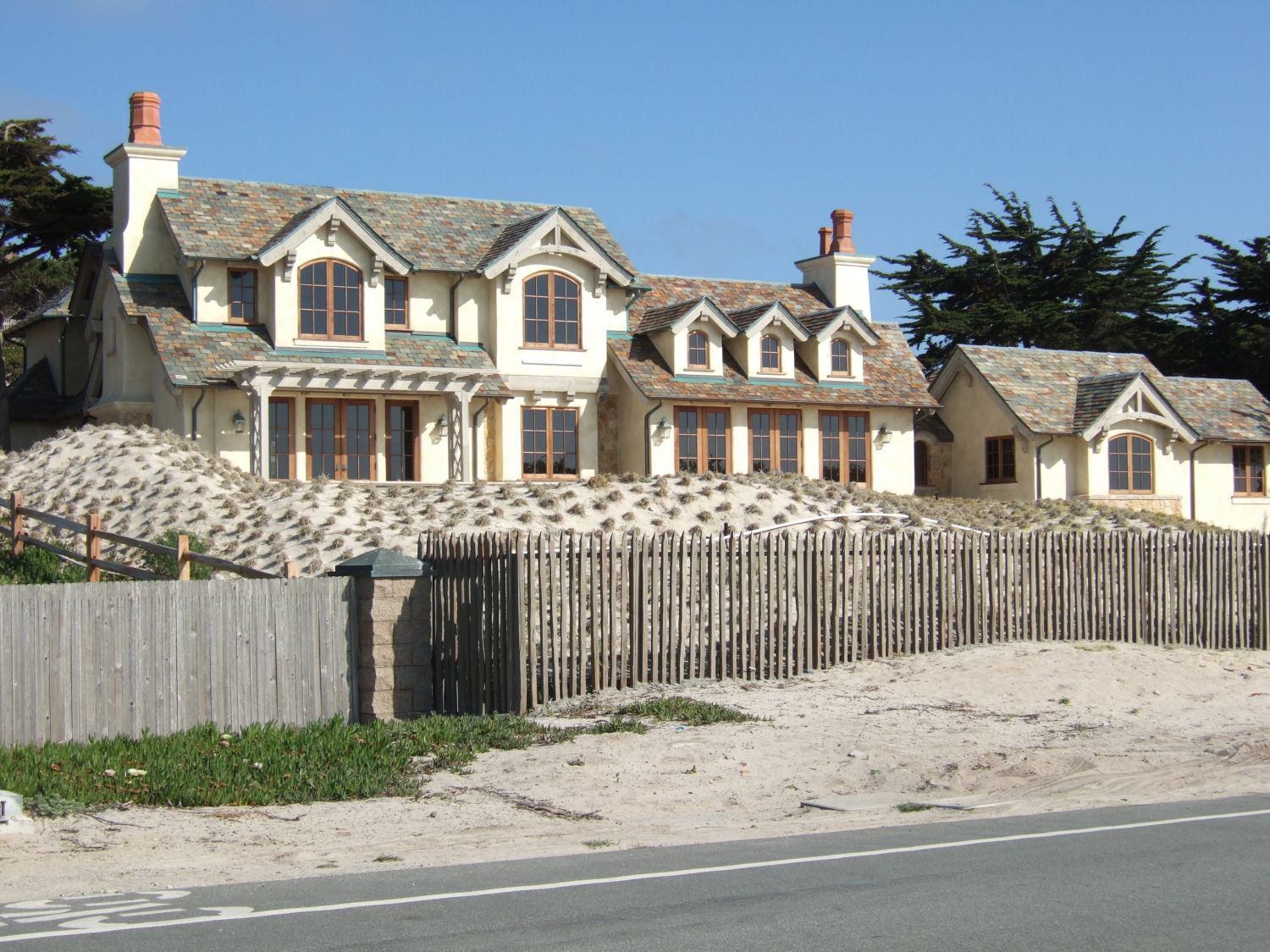 Description of a bike ride from monterey to carmel 17 for 17 mile drive celebrity homes